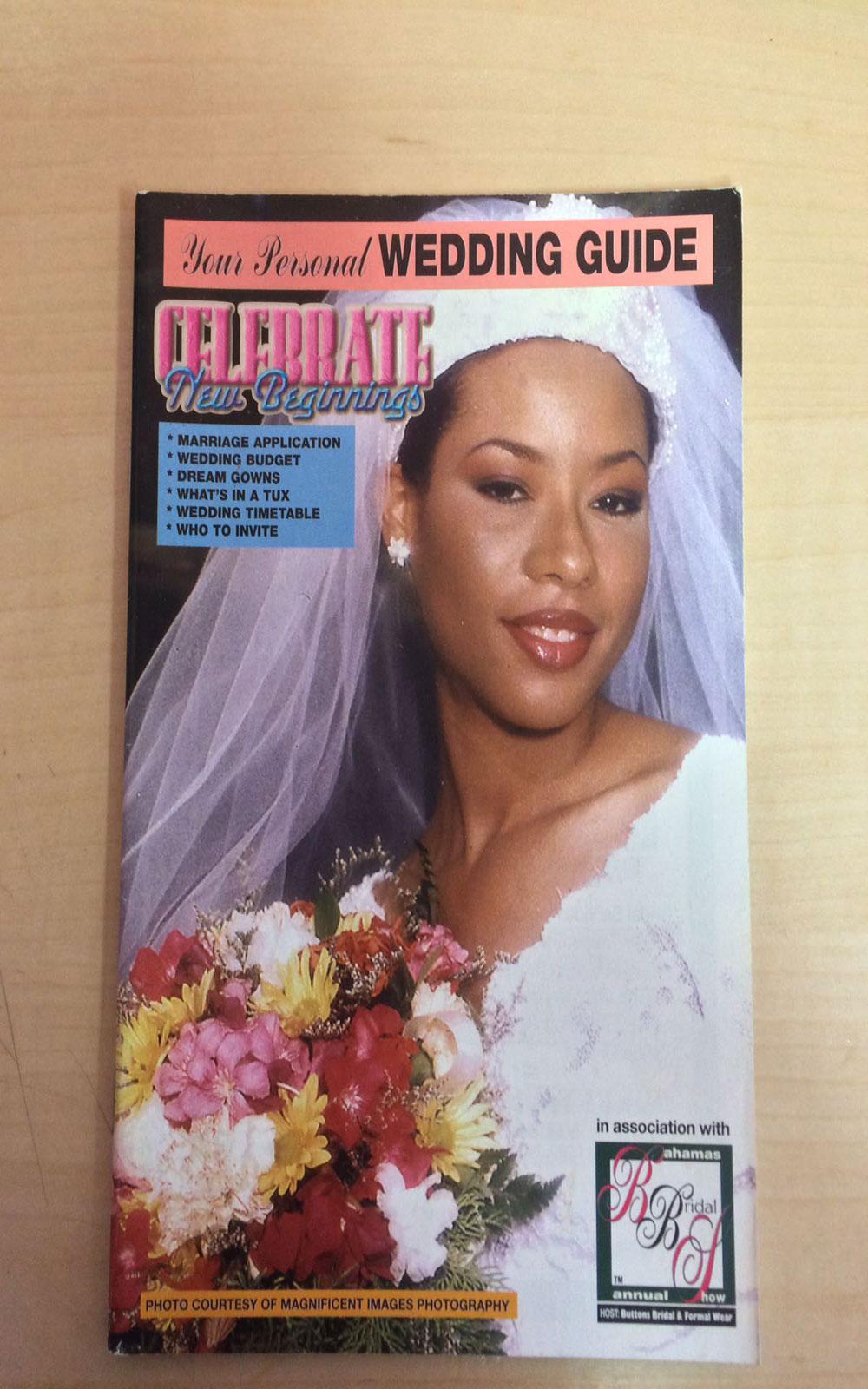 The Wedding Guide 2000-2001